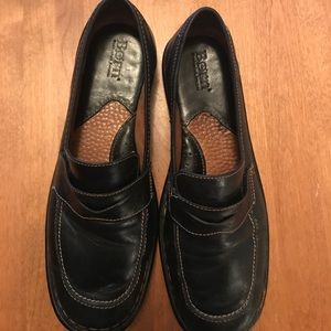 Born Loafers- EUC- Like New- Size 9.5