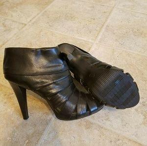 Black Mossimo bootie heels