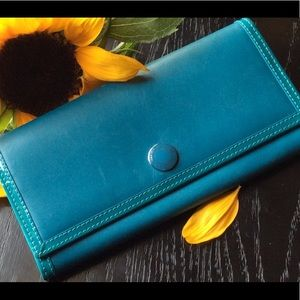 Vintage Coach Teal Leather Wallet