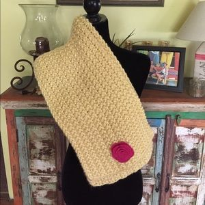 💰Hand Crocheted Yellow Scarf