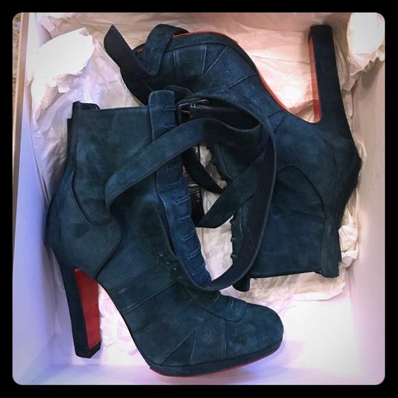 634c8461aeb5 Christian Louboutin Shoes - LAMU 120 Veau Velours - navy blue CL booties