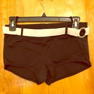 Nike booty shorts