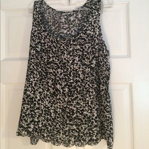 Black and white business casual tank top