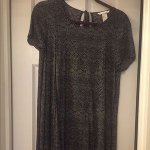 H&M loose fitting dress perfect for work