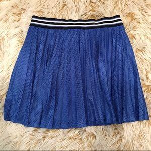 Aeropostale mini-pleat skirt with athletic style!