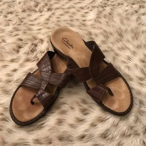 Clark's bendables Brown strappy sandals