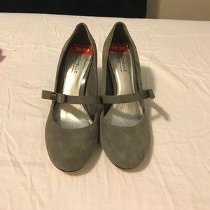 Michelle D mid heel shoes