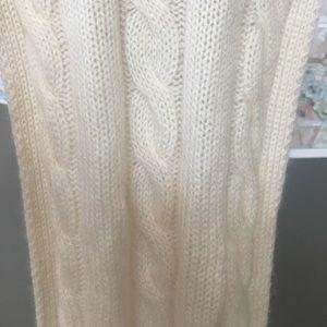 100% cream cashmere scarf