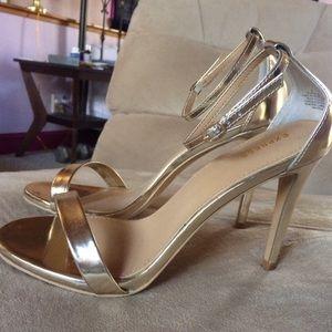 Sexy gold strap ppl heels