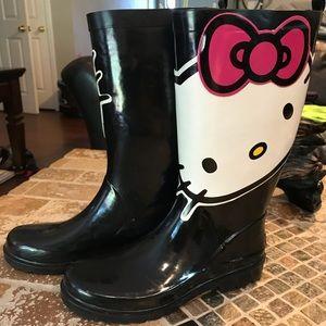 Hello Kitty boots! Size 7