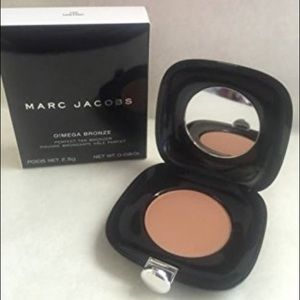 Marc Jacobs tantric omega bronzer