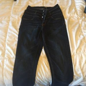 Barely worn, size 6, high wasted skinny jeans