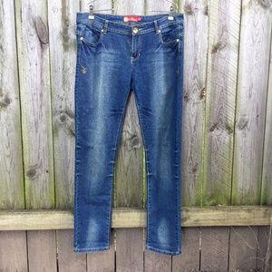 Apple Bottoms Jeans Med Blue Embellished Pockets