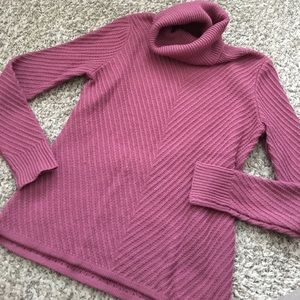 Beautiful sweater! Fall color Cowl Neck