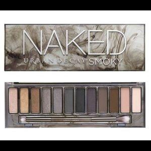 Naked smokey palette.