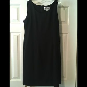 Below knee dress up or down sleeveless dress