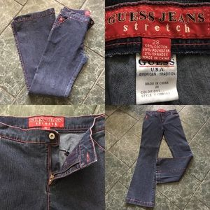 GUESS JEANS • stretched 28, in very good shape