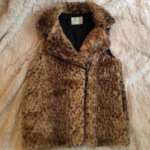 Zara girl faux fur vest