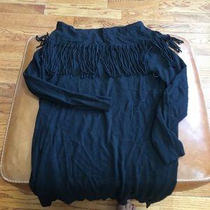 Ella Moss fringe sweater can wear on/off shoulder