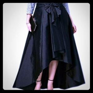 Dresses & Skirts - Black satin high low skirt