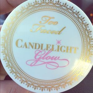 Too Faced Candlelight Glow NWOB