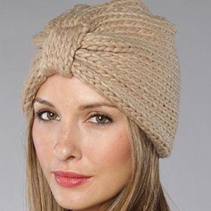 Oatmeal chunky knit turban hat acrylic uo