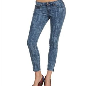 Free People Skinny Jeans Zip Hem Print