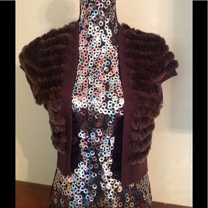BCBGMAXAZRIA Rabbit Fur Vest! Size Lage!