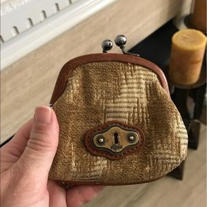 Fossil coin wallet