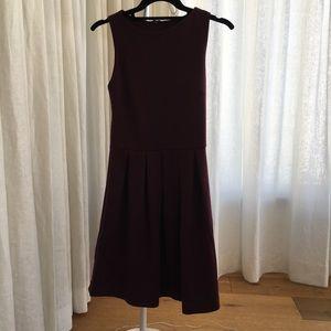 Aqua Sz XS Burgundy Sleeveless Dress (Day/Night)