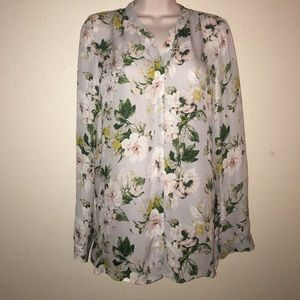 Joie silk blouse with beautiful flower print 🌸
