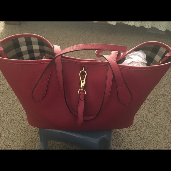 select for genuine incredible prices detailed pictures NWT Burberry Honeybrook Derby Medium Tote NWT