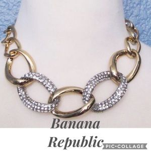 New! Banana Rep. Gold Crystal Chain Link Necklace