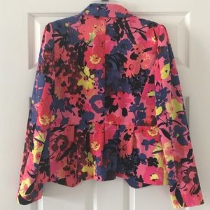 Floral variety crepe blazer