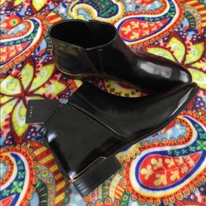 Zara Ankle Boots Black Gold Sz 40/9 US NEW shoes