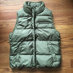 J Crew olive green puffer vest medium, down fill