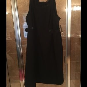 Great black casual dress.