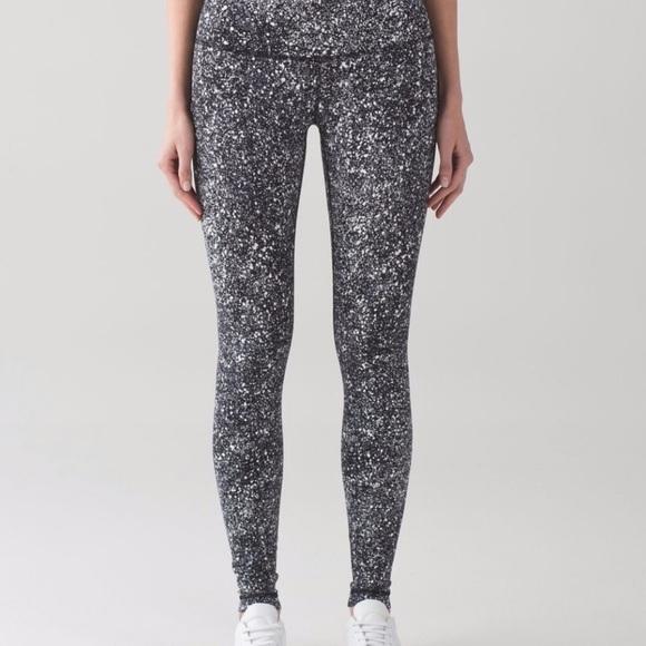 92e9b533a lululemon athletica Pants - Lululemon speckled wunder under leggings