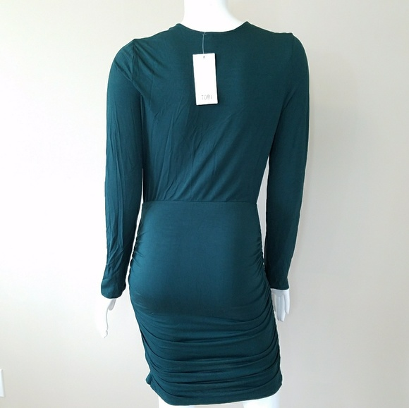 Tobi Dresses - NWT Tobi Plunging Neck Dress
