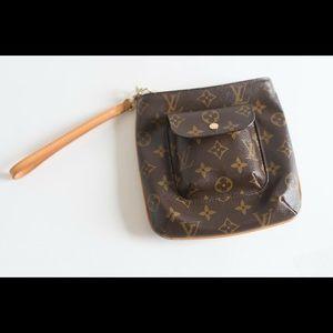 Louis Vuitton Front Pocket Pochette
