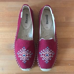 NWOT Soludos Red Embroidered Espadrilles Sz 5.5/6