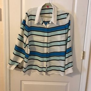 Vince Camuto Blouse Size XL worn once