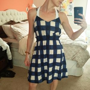 Adorable GAP cinched waist gingham dress