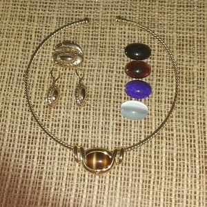 INTERCHANGEABLE NECKLACE with Earrings
