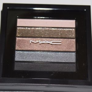 NIB Mac Eyeshadow Pallet
