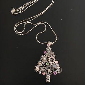 Premier Designs Deck the Halls necklace