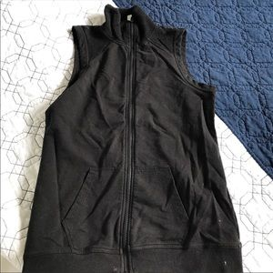 NEW Fabletics Temecula Vest Black Mesh Zip Up Top