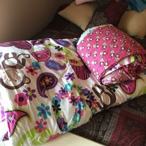 Girls complete twin bed set