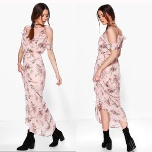 Boohoo Tall Annia Floral Cold Shoulder Maxi Dress