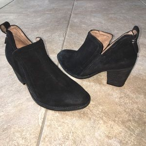 Jeffrey Campbell black suede ankle booties sz 8.5